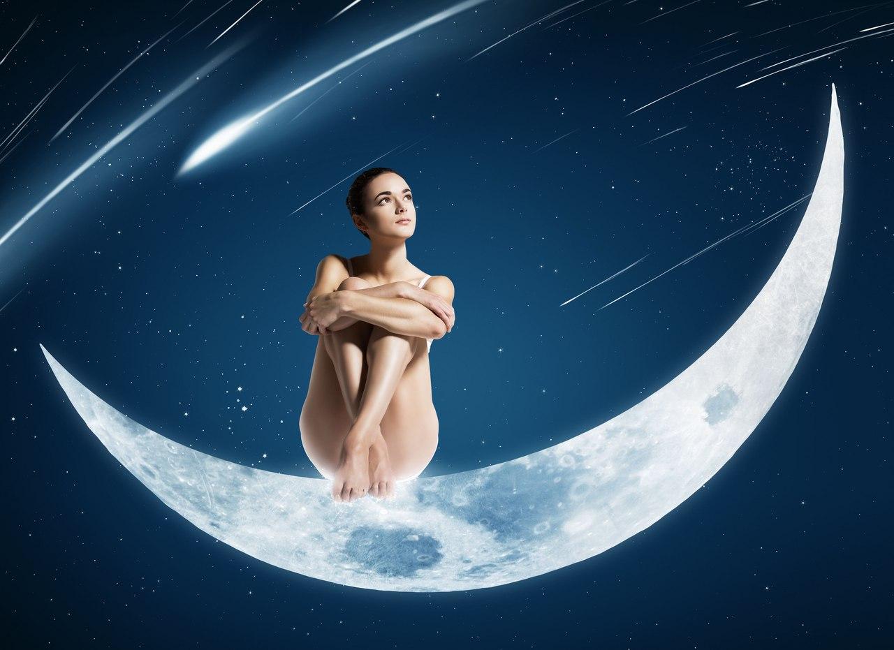 Moon naked woman, nude anniversary