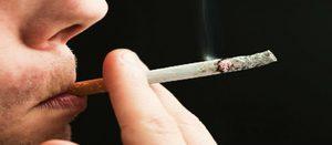 Курящий человек во сне