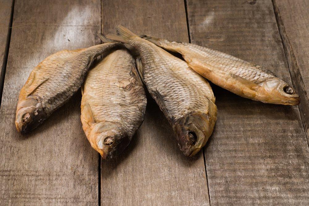 К чему снится сушеная рыба: значение сна для девушки, женщины и ...