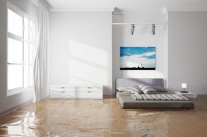 Вода на полу в квартире