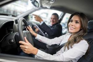 Водить машину во сне для девушки