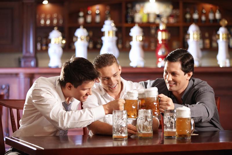 К чему снится пить с друзьями