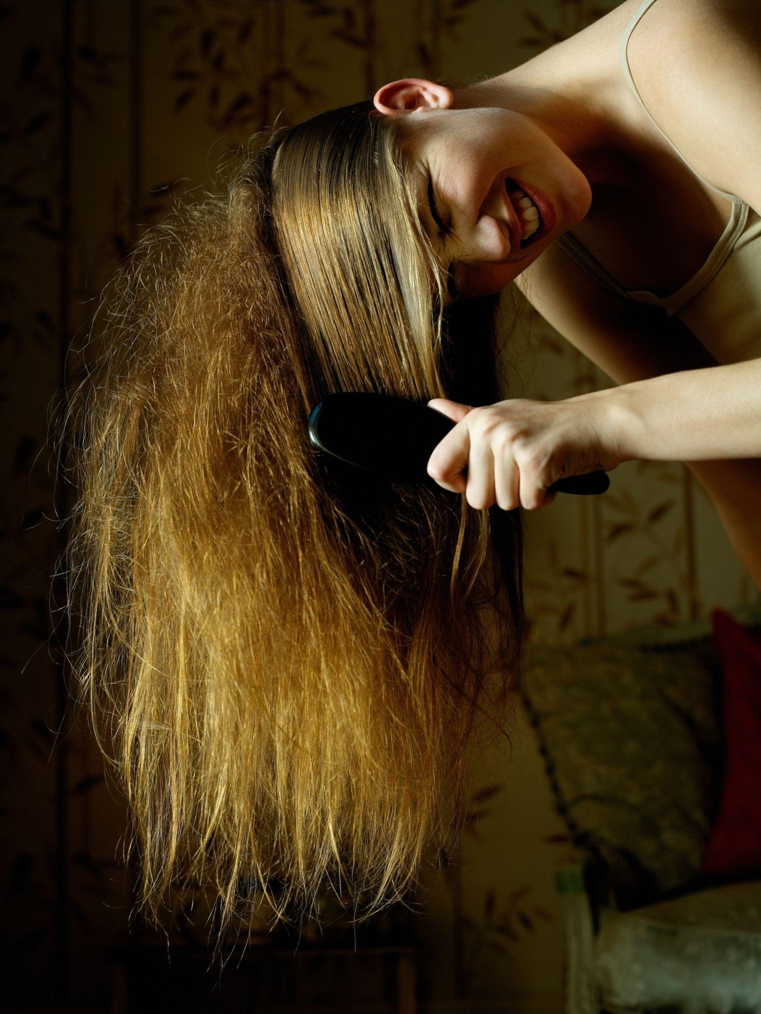 что если сняться запутанные волосы