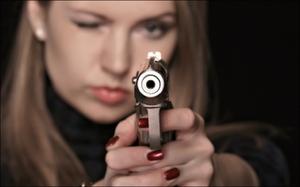 Видеть во сне пистолет