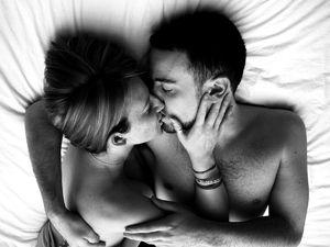 Как распознать сон про поцелуй в грудь