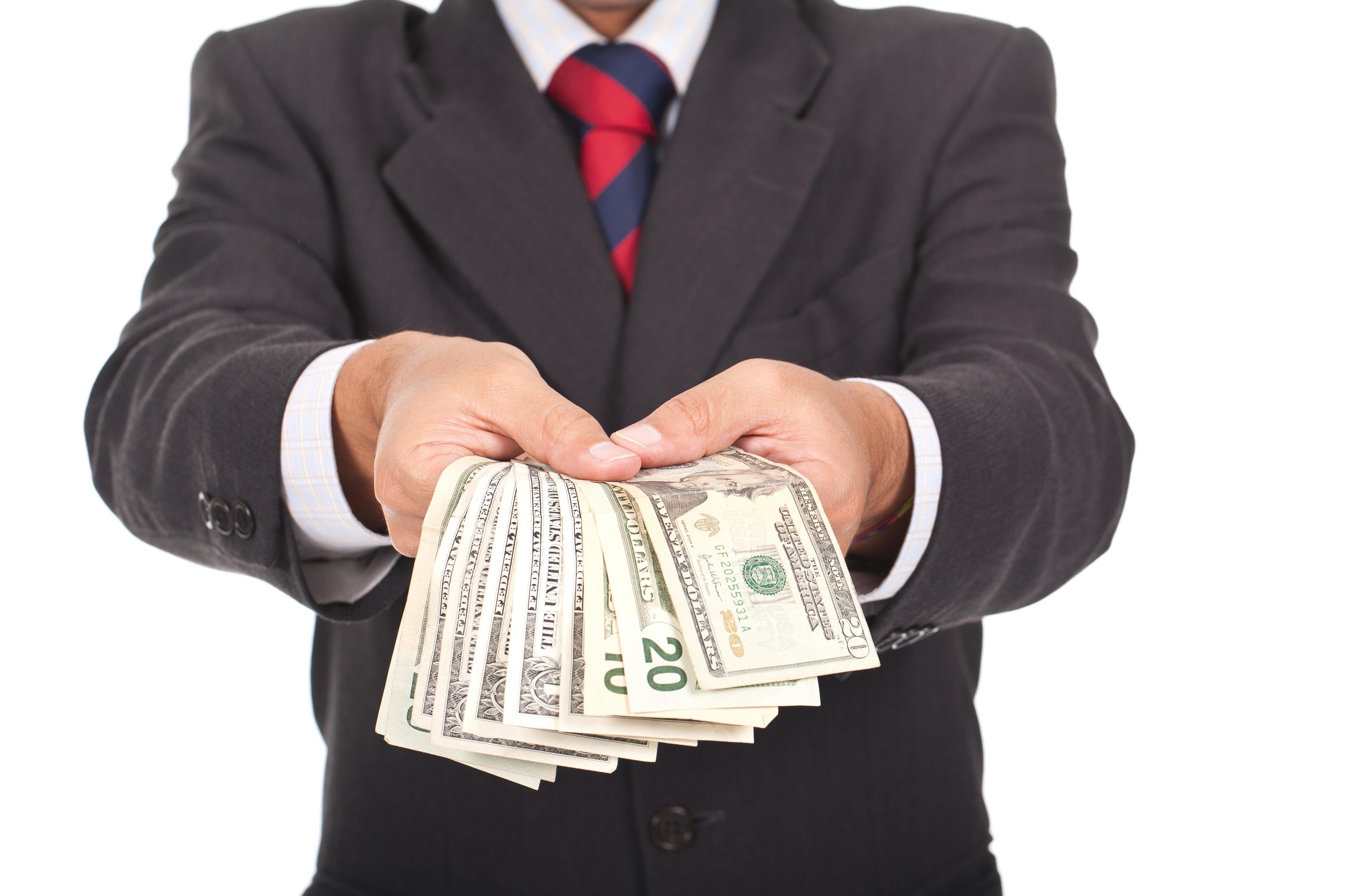 Представьте, что вы получили большое наследство, так что кредит вам не понадобился.