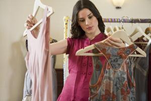 Толкование сна про покупку одежды